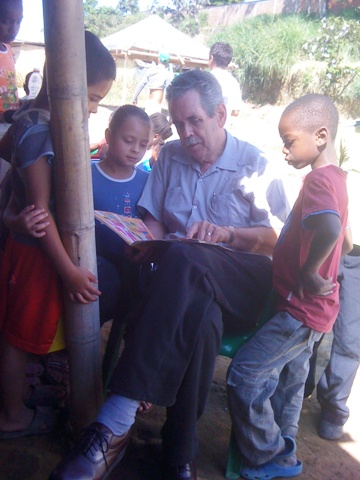 reading to children in Colombia